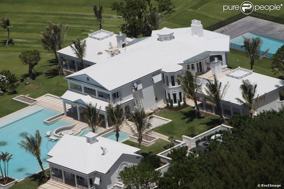 la villa de michael jordan est a vendre a moitie prix le. Black Bedroom Furniture Sets. Home Design Ideas